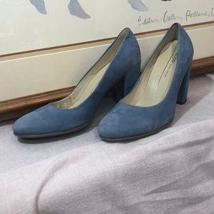 Ecco Blue Suede Pumps ( never worn) 40/9.5